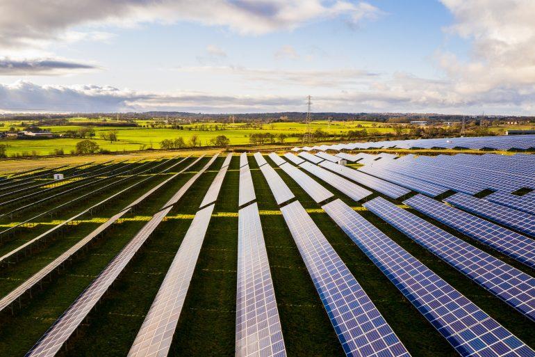 Ar saulės elektrinių parkai yra žaliosios energetikos ateitis?